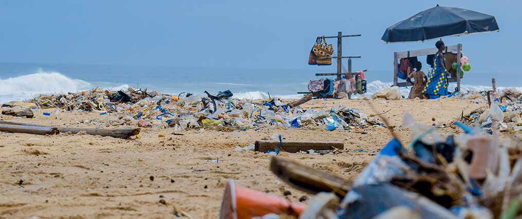 Image of highly polluted beach